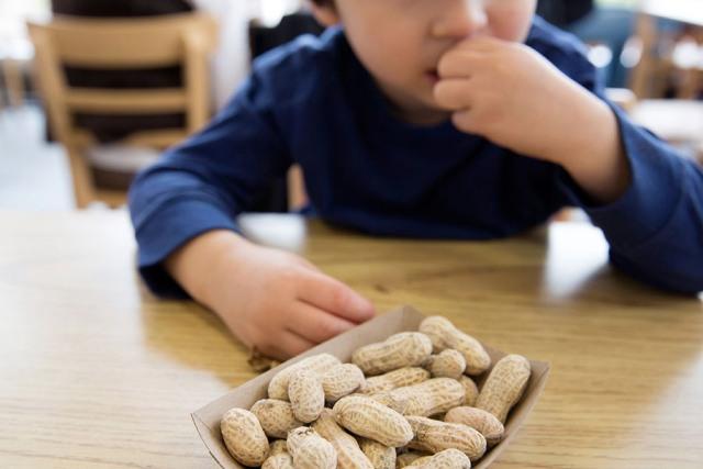 Οδηγός για τις αλλεργίες του παιδιού στο φαγητό