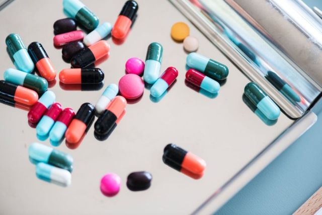 Ποια αντιβιοτικά προκαλούν σοβαρές παρενέργειες