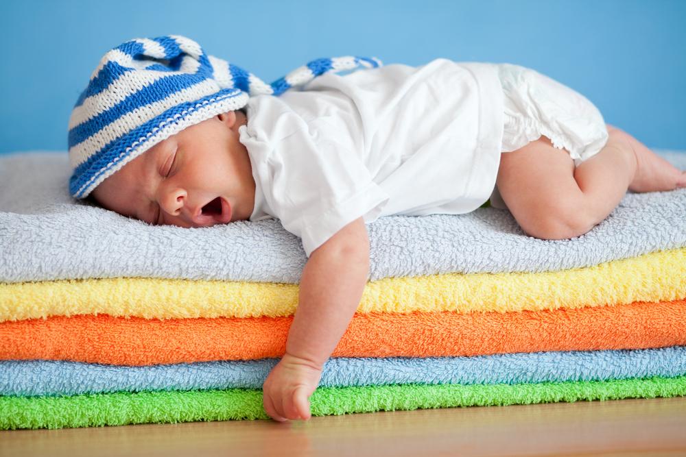 Πότε πρέπει να σταματήσει τον ενδιάμεσο πρωινό ύπνο  - mother.gr a19bfe23a87